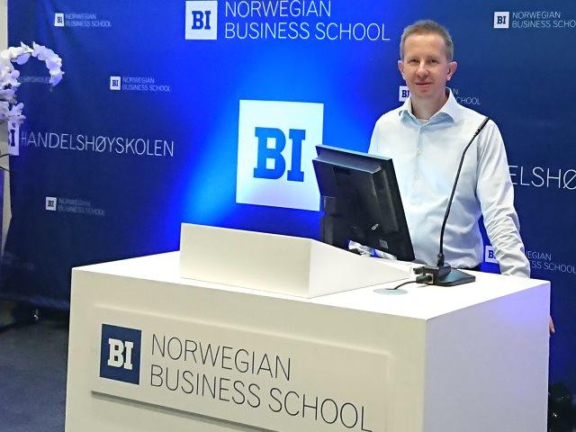 Rainer Müller vom Insitut für Seeverkehrswirtschaft und Logistik hat in Oslo Interview-Ergebnisse aus dem Projekt BREsilient vorgestellt.